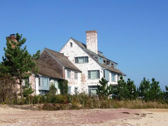 Former Katherine Hepburn estate now owned by developer Frank Sciame