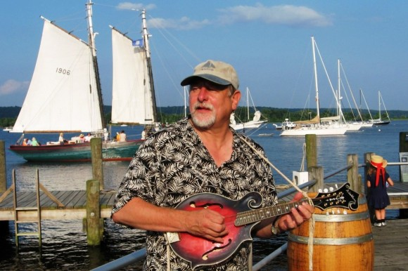 Top chantey singers Rick Spencer (above), Geoff Kaufman, Dan Quinn and Joseph Morneault will perform at Chantey Blast to benefit the Connecticut River Museum on January 15.