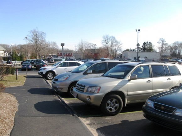 Unauthorized parkers in Pizza Works spots