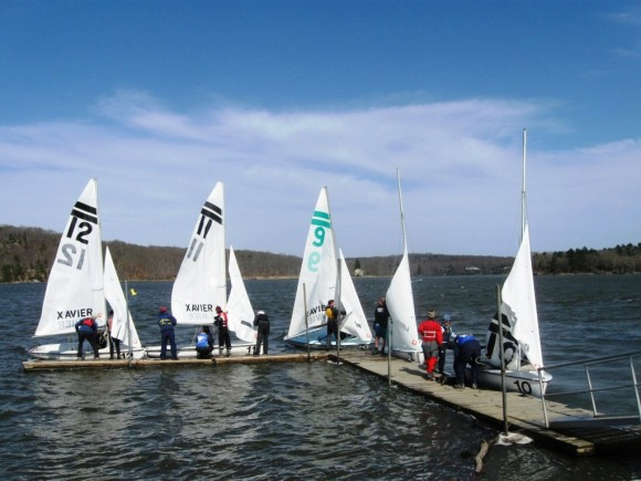 Sailboats ready for winds gusting to 20 knots
