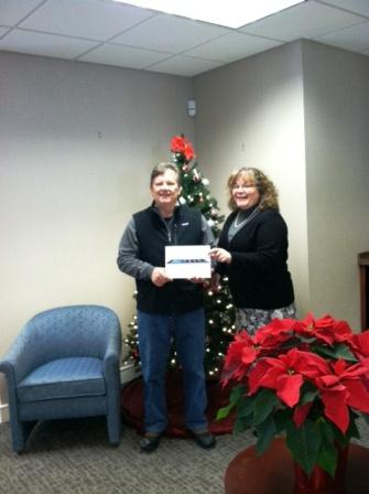 Branch Manager/AVP Lisa Berube with the winner, Michael Cressman of Chester.
