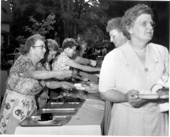 Food sales and townwide banquets hold special memories for many old Chester residents. We'll be sharing stories at the Historical Society's Crackerbarrel Program on Sunday, March 2.