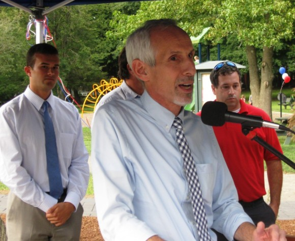 Essex First Selectman  Norman Needleman makes opening remarks prior to ribbon cutting (photo by Jerome Wilson)