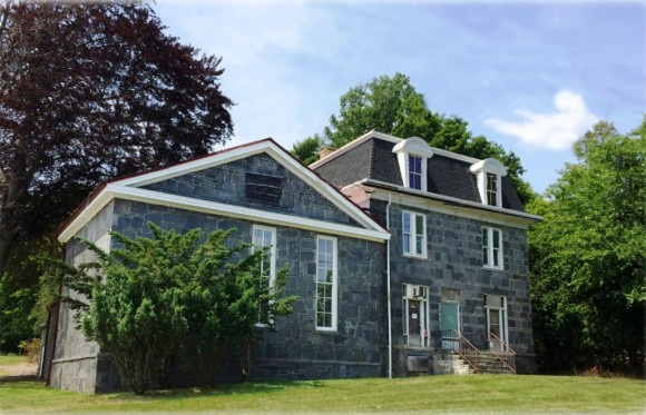 Front view of Haddam Jail