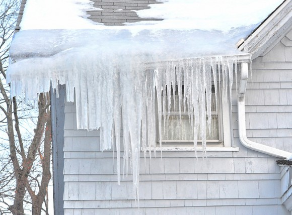 An example of a roof ice dam in Willimantic.