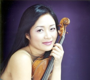Violinist Chee-Yun's flawless technique, dazzling tone and compelling artistry have enraptured audiences on five continents