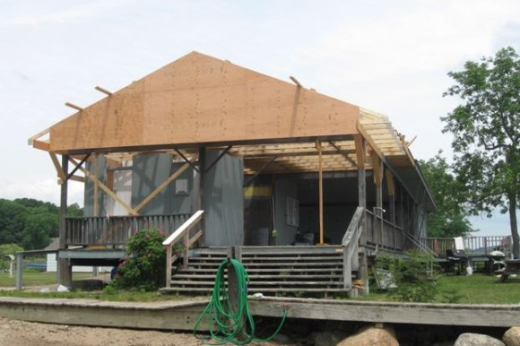 Pettipaug Yacht Club is undergoing a $30,000 renovation of its club house.