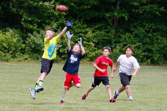 spring camp_kids_playing