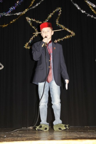 4th grader Charlie Whelan entertains the crowd with comedy