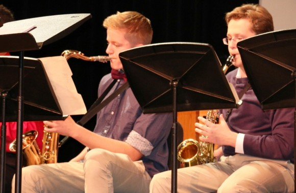 CMS Jazz Ensemble members Nolan Serbent of Killingworth (l) and Arthur Masiukiewicz of Essex (r); photo courtesy of Joan Levy Hepburn)