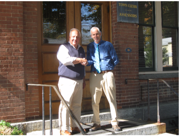 Two friends -- the late Dick Smith, First Selectman of Deep River (left) and Norman Needleman, First Selectman of Essex. Photo by Jerome Wilson.