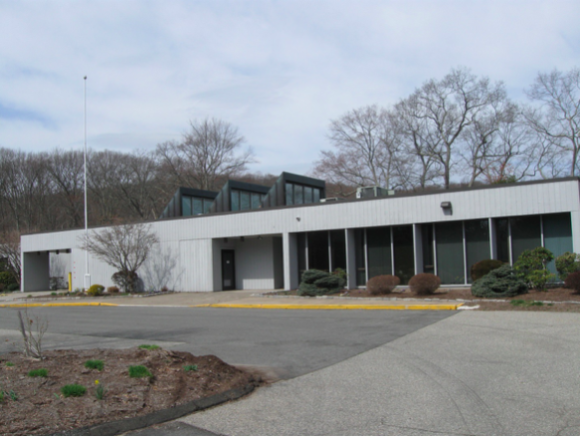 Middlesex Hospital closed its medical facility in Essex on April 28, 2014, and the property has been vacant ever since.