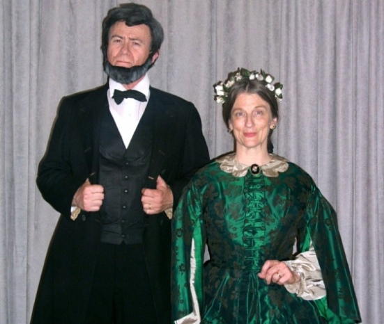 Abraham Lincoln and his wife, Mary Todd Lincoln, will be portrayed at Chester Village West in two dramatic performances.