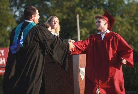 The presentation of diplomas began ...