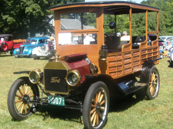 This wonderful old automobile was on show at last year's event.