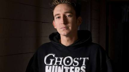Ghost Hunter Dustin Pari