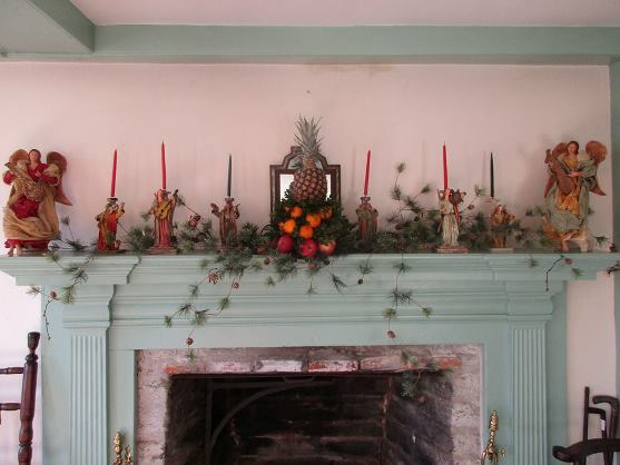 pratt-house-mantel